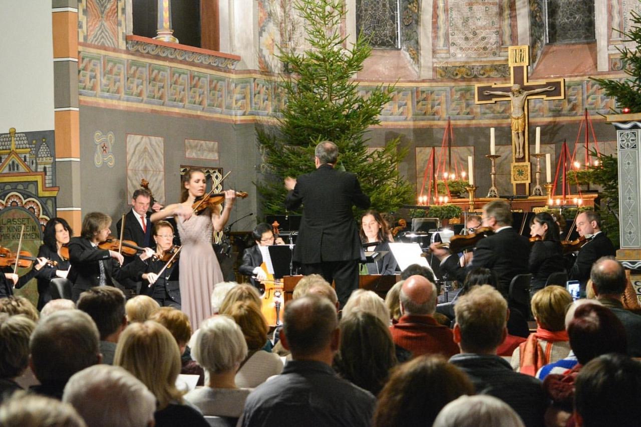 johannaroehrig_violin_1577719021.jpg
