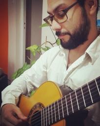 eua.guitar_1554815017.jpg
